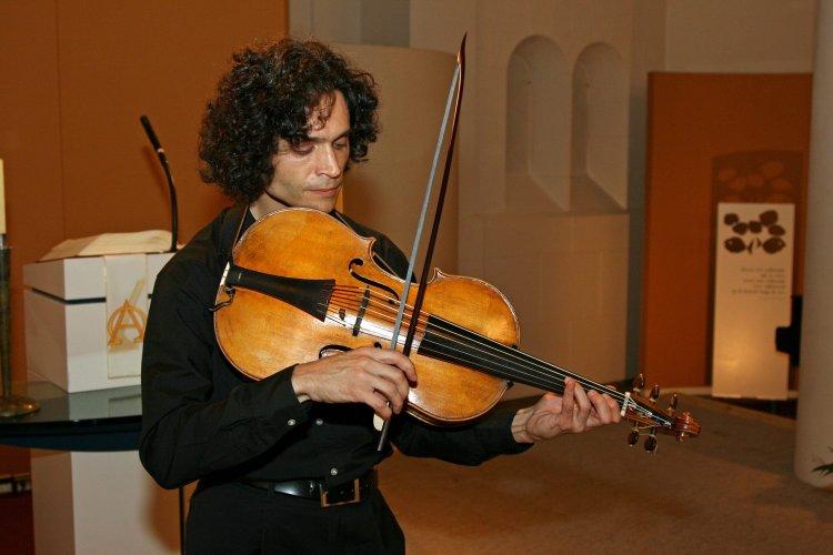 Dmitry Badiarov violoncello da spalla